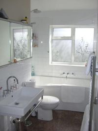1000+ ideas about Small Narrow Bathroom on Pinterest