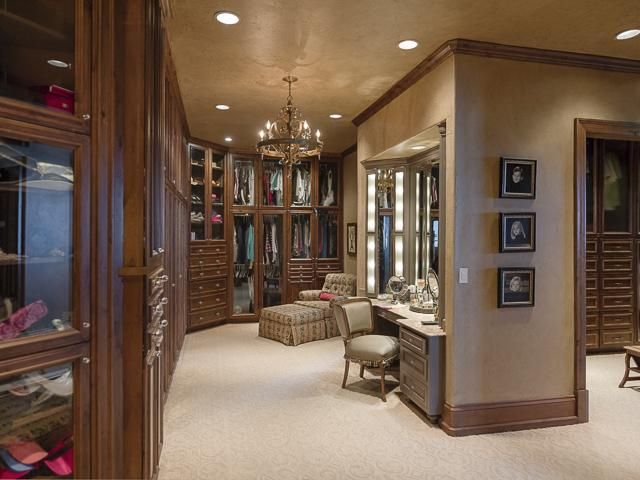 Excellent Huge Closets Images   Best Idea Home Design   Extrasoft   Elegant  Closets