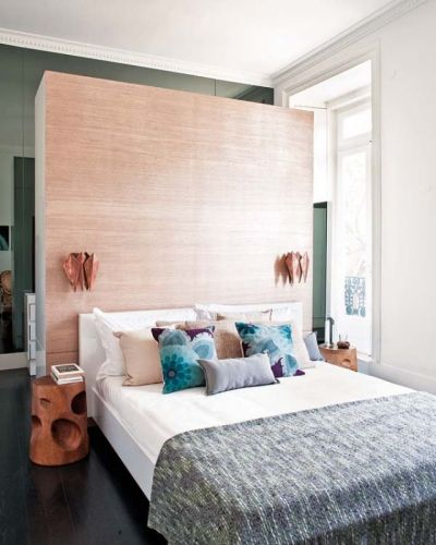 25+ best ideas about Wall behind bed on Pinterest | Wardrobe behind bed, Closet behind bed and ...