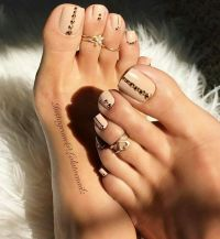 25+ best ideas about Fall toe nails on Pinterest   Fall ...