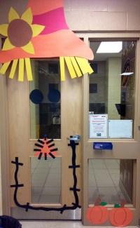 Scarecrow Door Decoration!!! | School | Pinterest ...