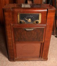 Details about 1940s Zenith Console Radio/Phonograph ...