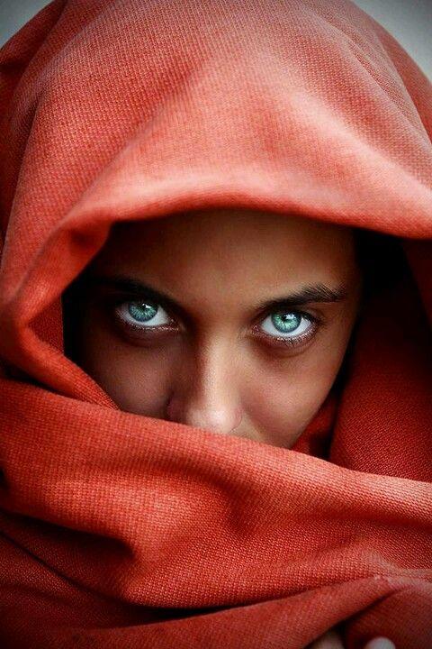 Afghan Girl Eyes Wallpaper 25 Best Ideas About Afghan Girl On Pinterest People Of