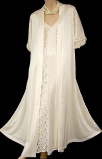 1000+ images about Vintage Peignoir Sets on Pinterest ...