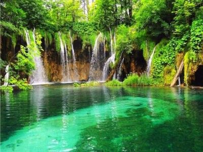 waterfalls pictures for screensavers | ... waterfall-screensaver-mobile-live-waterfall-hd ...