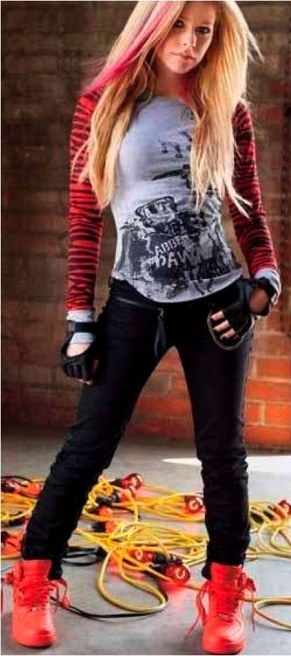 Cute Girl Wallpaper With Smile Avril Lavigne S Abbie Dawn ⒶⓋⓇⒾⓁ Pinterest Avril Lavigne