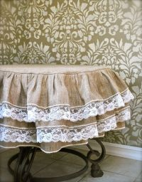 25+ best ideas about Ruffled Tablecloth on Pinterest ...