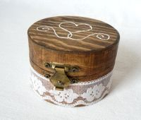 25+ best ideas about Engagement ring holders on Pinterest ...