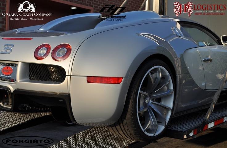 Bugatti Veyron Super Sport Hd Wallpaper Bugatti Veyron With Custom Wheels Wheels Pinterest
