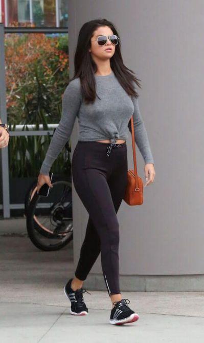 25+ best Selena gomez weight ideas on Pinterest   Selena gomez new tattoo, Selena gomez in ...