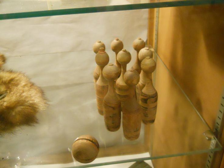 Olden Day Wooden Bowling Set Antique Kids Games Toys