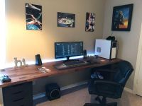 The 25+ best Gaming desk ideas on Pinterest | Gaming ...