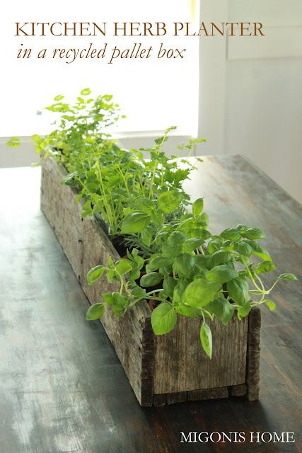 Diy Pallet Flower Box Gardens Planters And Herbs Garden
