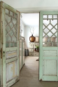 25+ best ideas about Vintage interiors on Pinterest ...