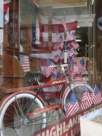 americana window displays | patriotic bicycle in window ...