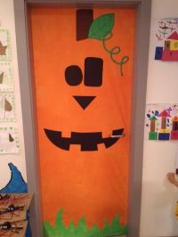 Pumpkin door | Classroom decorations and boards ...