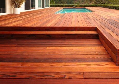 Beautiful redwood deck.