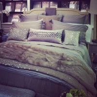 bedding needs sparkle | Future bedroom | Pinterest ...