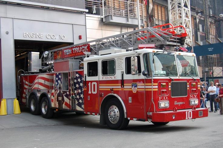 Fdny Ladder 10 Manhattan Fire Trucks Pinterest