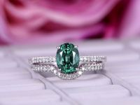1000+ ideas about Alexandrite Engagement Ring on Pinterest ...