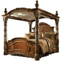 25+ Best Ideas about King Size Canopy Bed on Pinterest ...