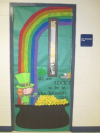 St. Patrick's Day - classroom door | Classroom door ideas ...