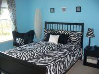 Best 25+ Zebra Bedrooms ideas on Pinterest | Zebra bedroom ...