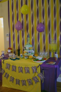 10+ ideas about Tangled Party Decorations on Pinterest ...