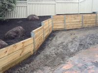 17 Best ideas about Wood Retaining Wall on Pinterest ...