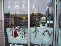 Christmas Window Painting Ideas | Colorful scenes, painted ...