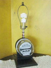 Electric Meter Lamp Duncan Meter RUNS When Light is on ...