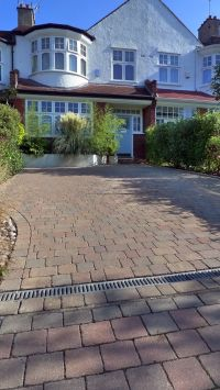 25+ best ideas about Driveways on Pinterest | Cobblestone ...