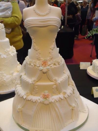 Dress Dummy wedding cake | Wedding Cakes | Pinterest ...