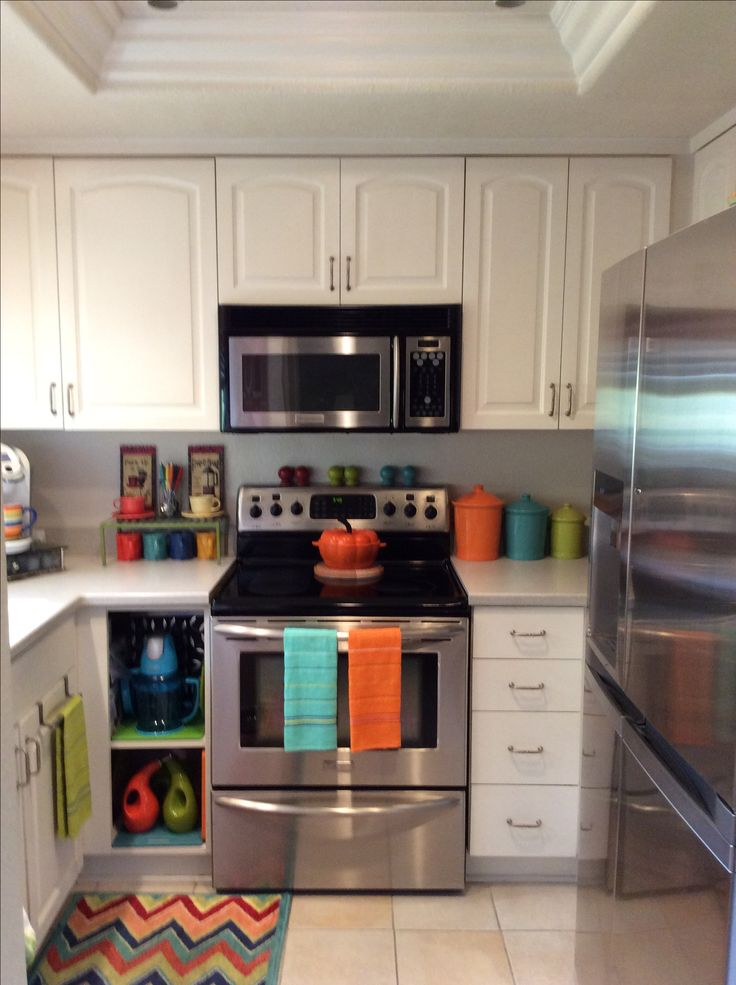 42 Kitchen Sink Cabinet 25+ Best Ideas About Bright Kitchen Colors On Pinterest