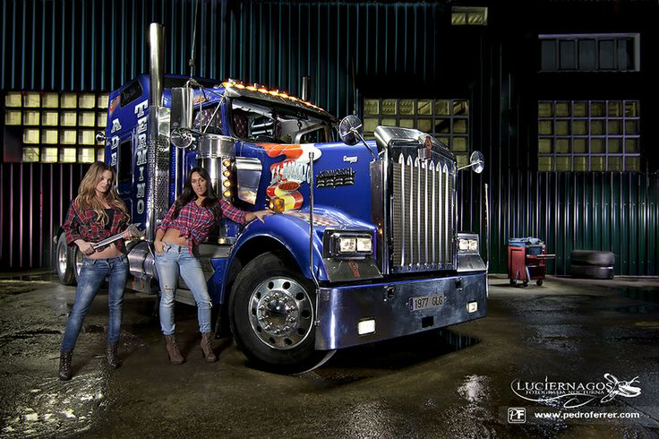 Free Wallpapers Cars And Beautiful Ladies Kenworth Beauty Amp The Beast Kenworth Truck Semi