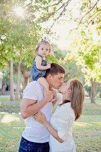 25+ best Family Photoshoot Ideas on Pinterest | Family ...