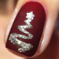 10 Best ideas about Christmas Nails on Pinterest ...