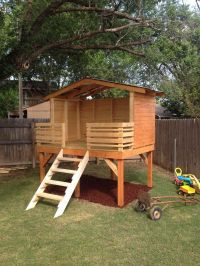 Best 10+ Backyard Fort ideas on Pinterest | Tree house ...