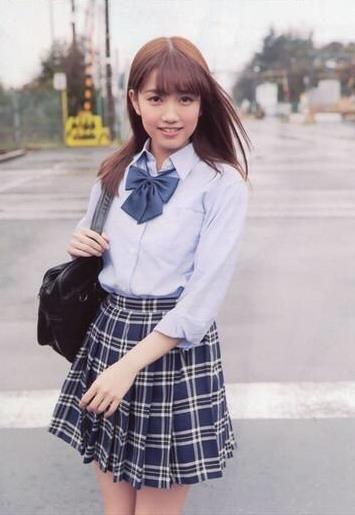 Girl With Wallpaper Dress 加藤玲奈 Rena Kato Akb48 Rena Kato Pinterest