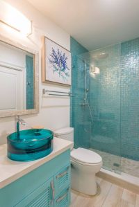25+ Best Ideas about Turquoise Bathroom on Pinterest ...