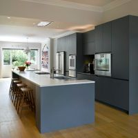 Roundhouse bespoke kitchen island in contemporary kitchen ...