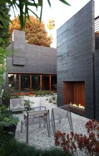 25+ best ideas about Modern Outdoor Fireplace on Pinterest ...