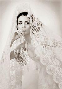 25+ best ideas about Spanish Wedding Veils on Pinterest ...
