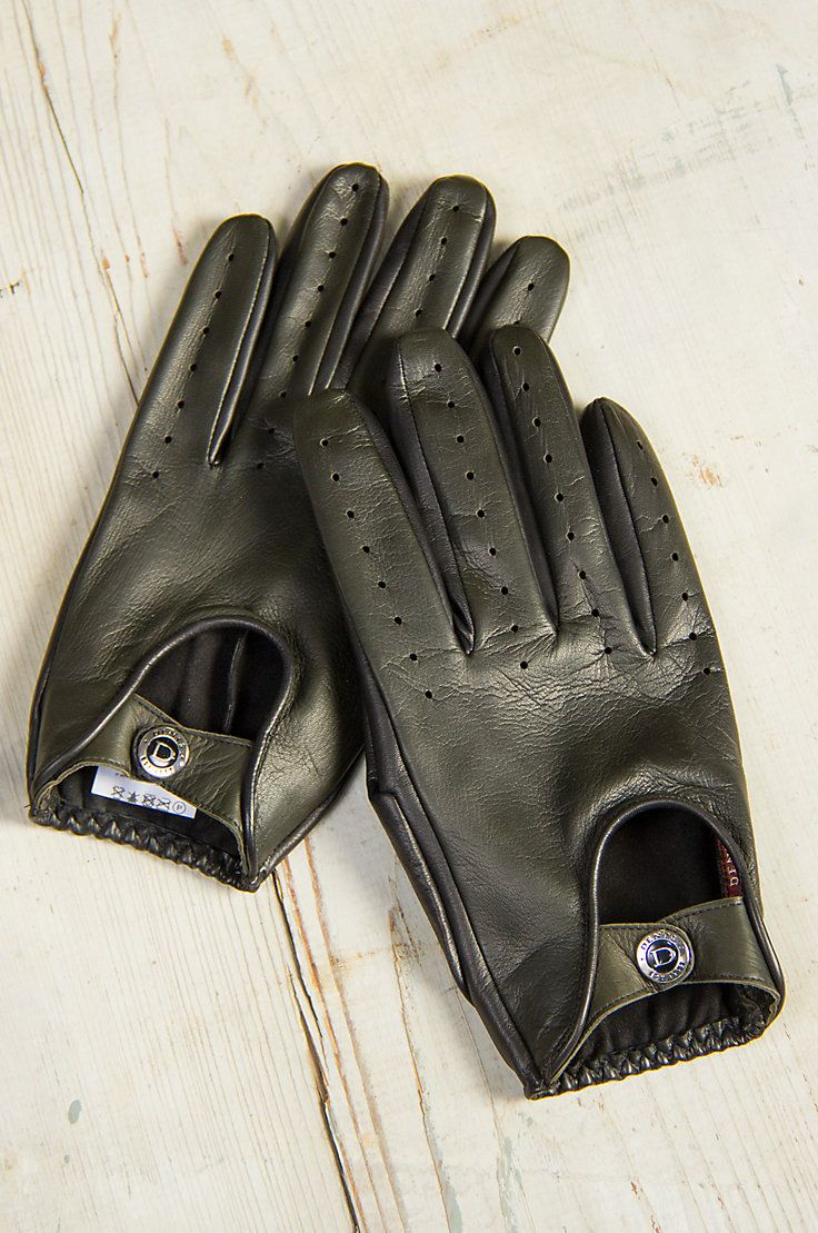 Made of the finest lambskin leather the dents woburn unlined lambskin leather driving gloves are