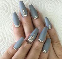 Best 20+ Zendaya nails ideas on Pinterest   Zendaya makeup ...