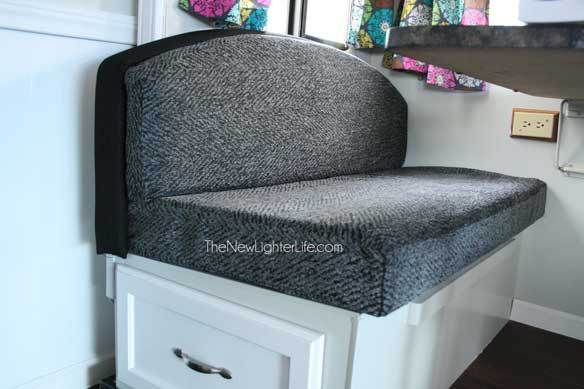 How To Refinish An Ugly Booth Dinette The New Lighter