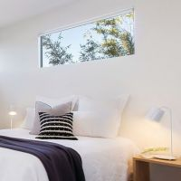 25+ best ideas about Window Above Bed on Pinterest | Small ...