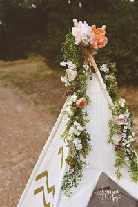 1000+ ideas about Flower Garlands on Pinterest