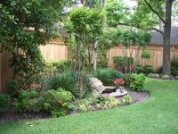 landscaping ideas for fences | Landscaping Along Privacy ...