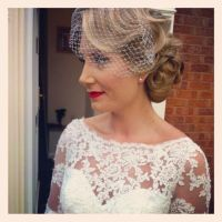 Vintage wedding hair and vintage makeup with birdcage veil ...